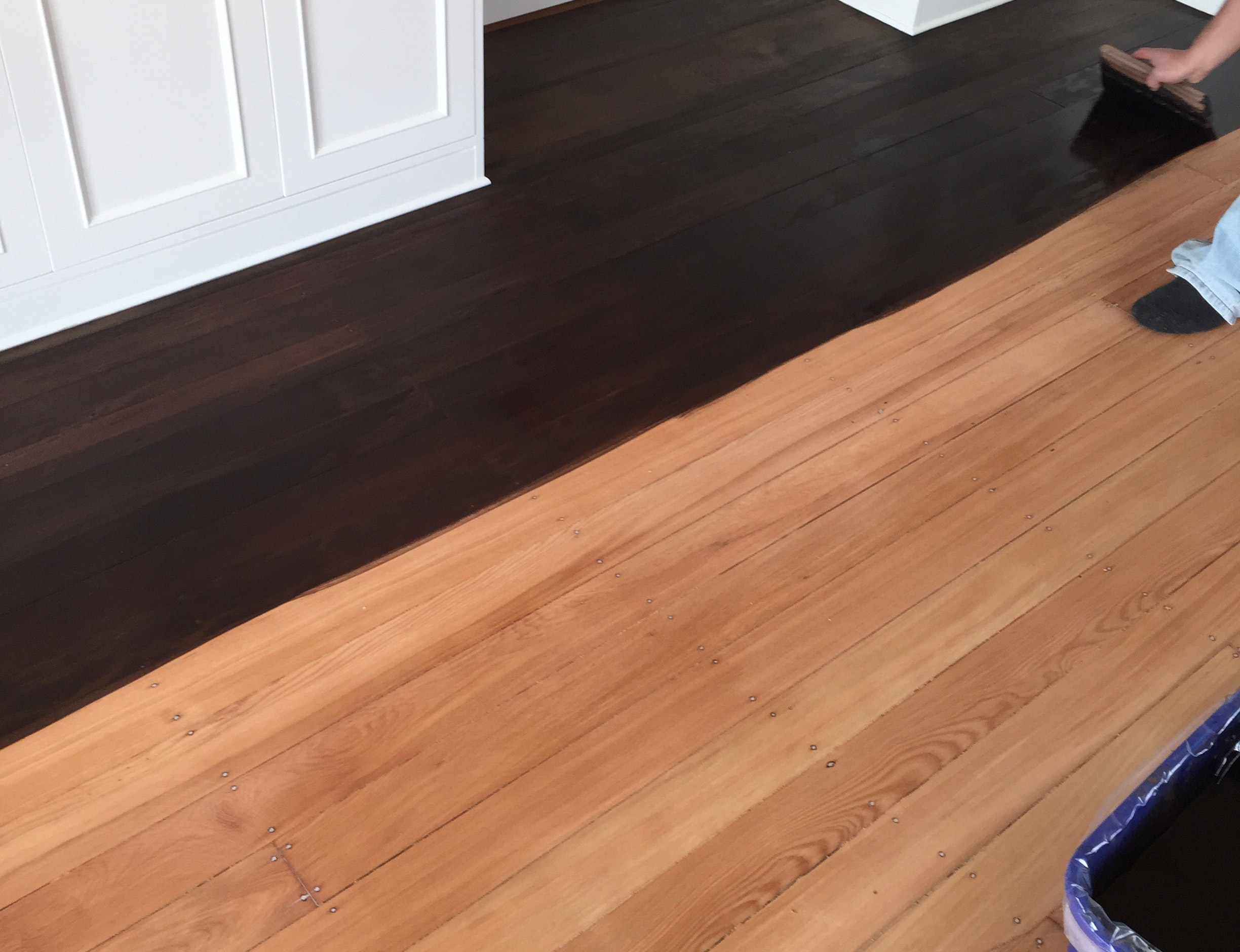 https://coastflooring.co.nz/wp-content/uploads/2020/05/staining_service.jpg